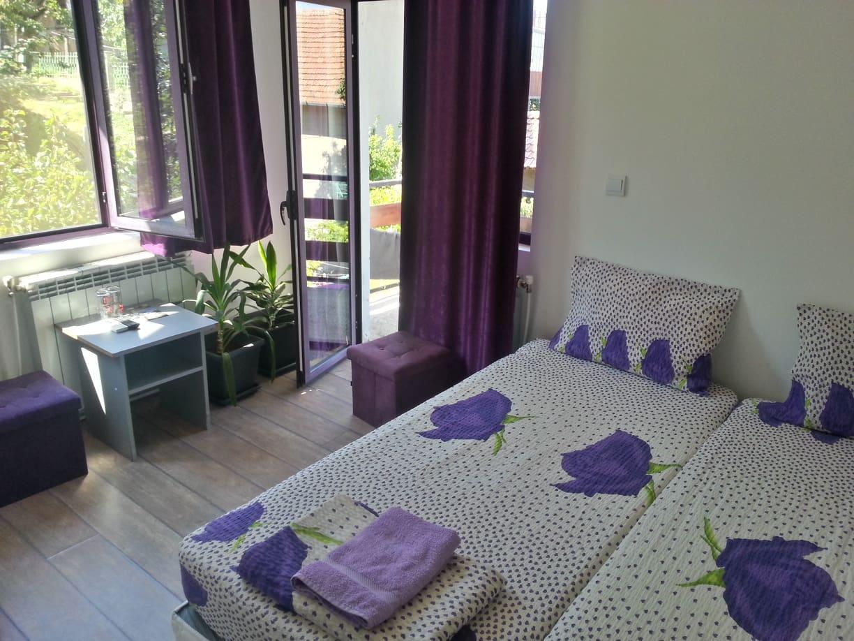 room_balcony2